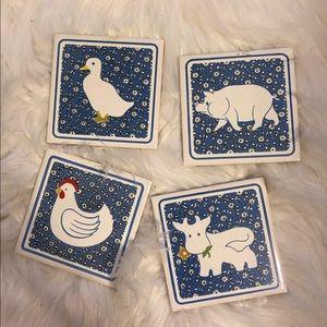 Set of 4 farm animal drink coasters 🐄🐖🐤